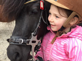 girl with pony pony course